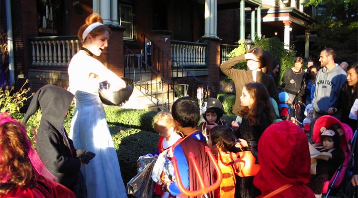 Children trick or treating on Halloween 2017